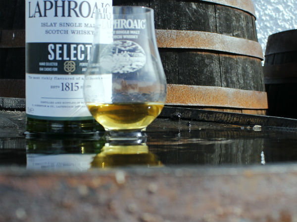 Laphroaig Select whisky and glass an Islay dram