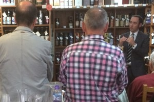 http://whiskytours.scot/wp-content/uploads/Peter-MacKay-in-full-whisky-mode-at-a-Perth-whisky-tasting.jpg