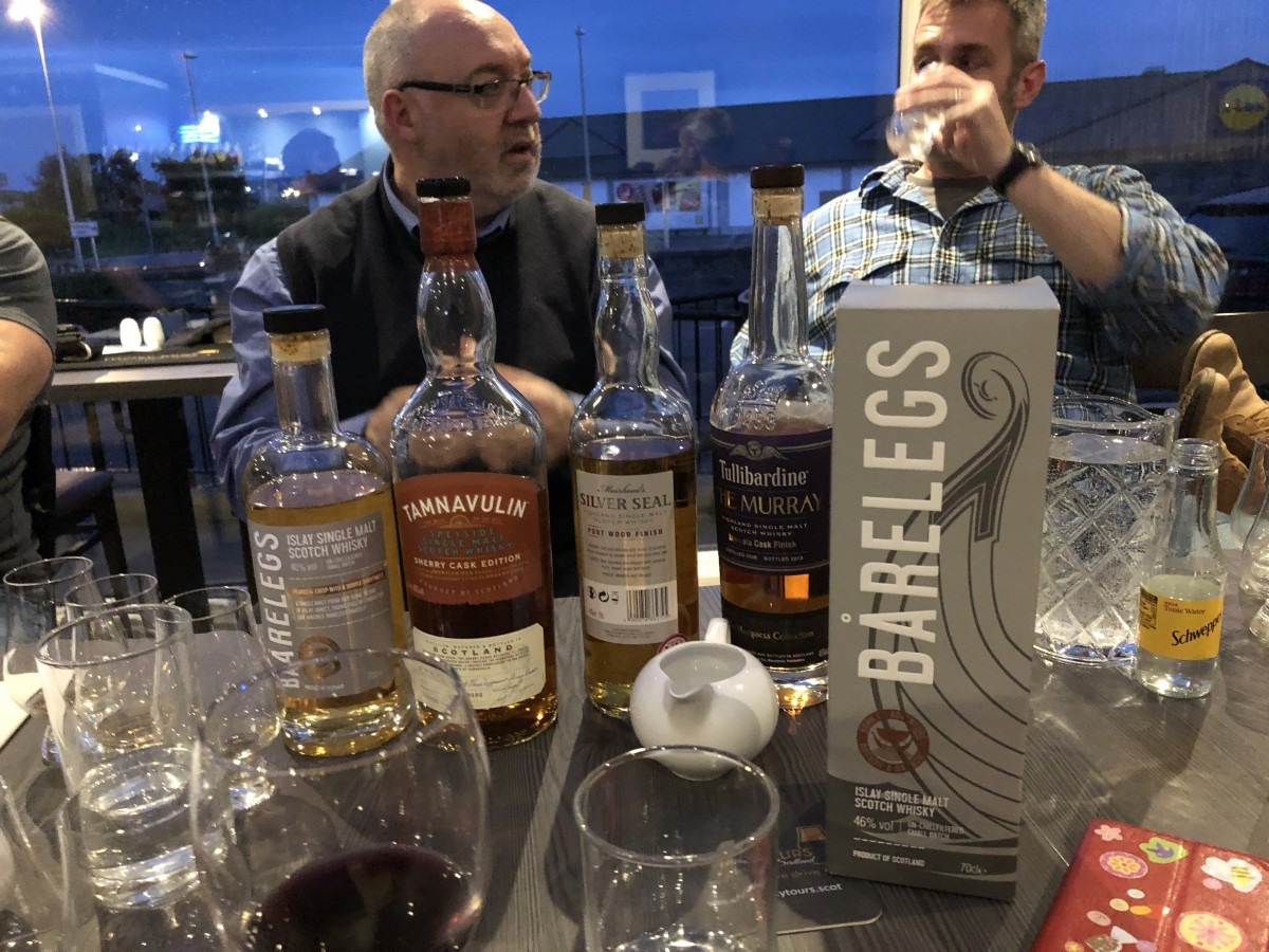 Vic Cameron taking a whisky school.JPG